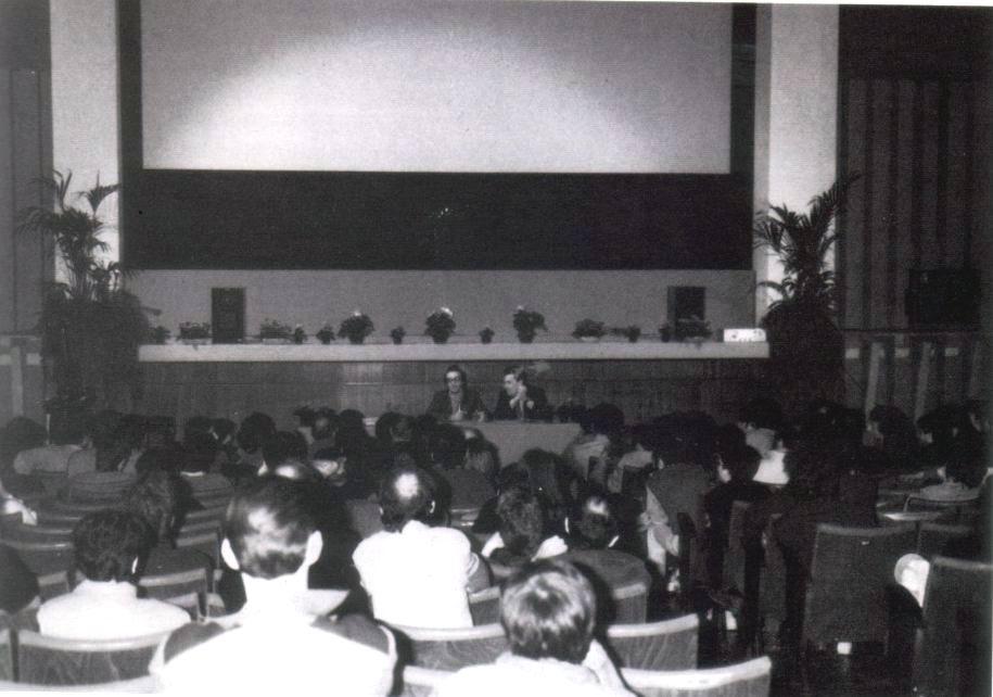 Cinema d 39 annunzio cinema anteo for Pauline alla spiaggia
